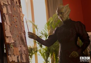 Madame Vastra being artistic.